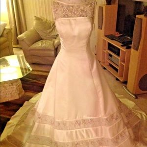 Wedding gown dress by Sincerity Bridal size 8 NWOT